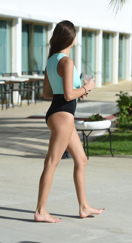 Chloe-Goodman-is-seen-in-a-cut-out-swimsuit-on-holiday-in-Cyprus-s6l0g6urpo.jpg