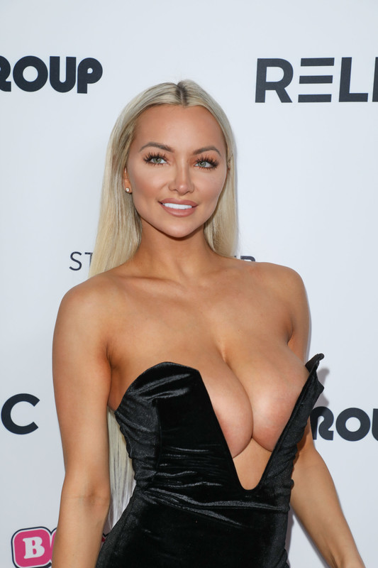 Lindsey Pelas Shows Off Her Huge Boobs at 4th annual Babes in LA