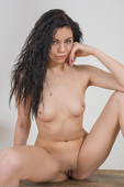Milena E - Set 1 04-19