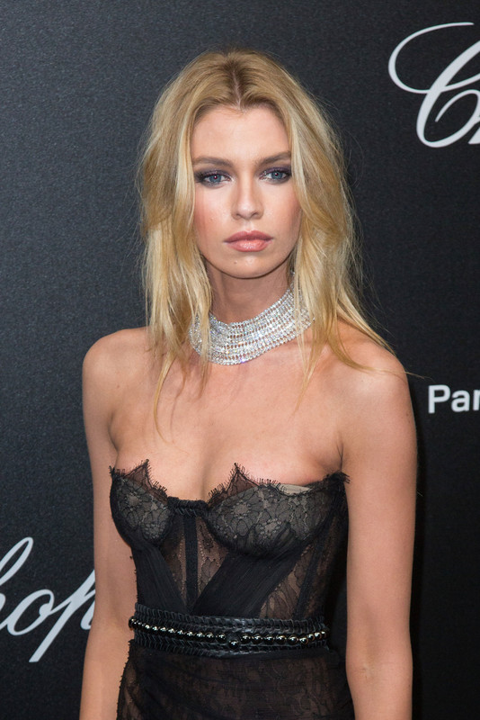 Stella-Maxwell%2Cat-the-Secret-Chopard-party-during-the-71st-Cannes-Film-Festival-r6pevx6ty1.jpg