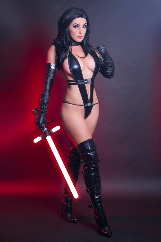 Jessica Nigri went to the dark side in a Kylo Ren Cosplay photo shoot (May 2018)