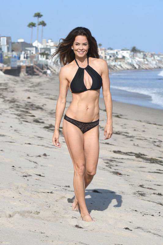 Brooke Burke spotted enjoying every minute of the weekend on the beach in Malibu